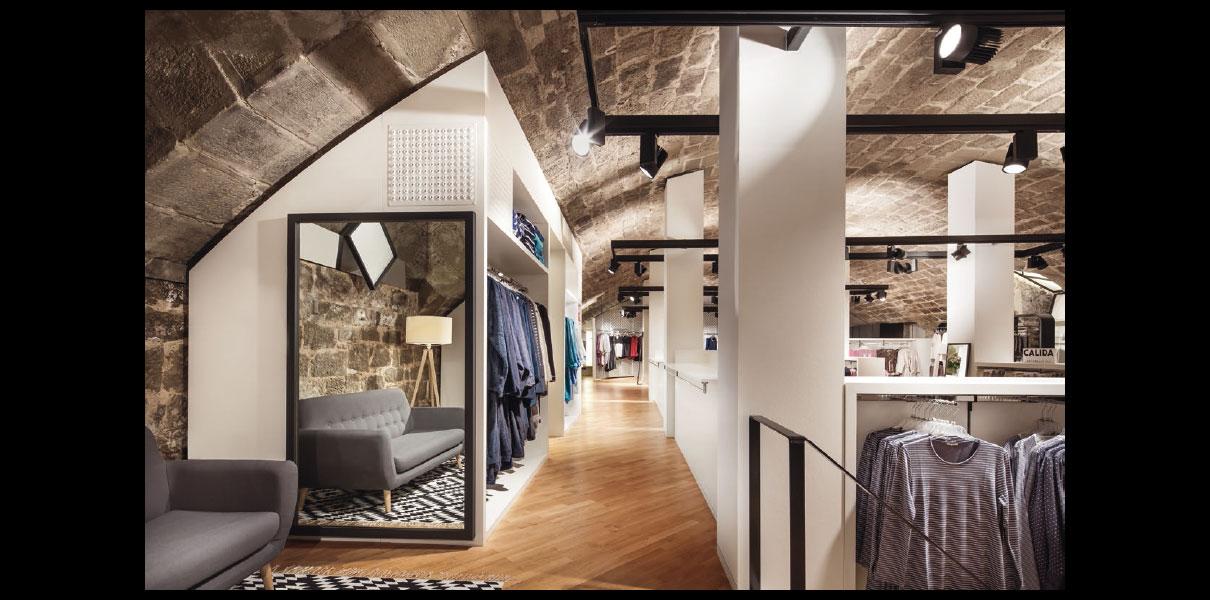 Stuttgarts schönste Ladenfläche: Der atemberaubende Stiftskeller